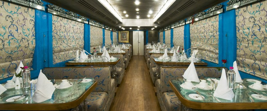 Royal Rajasthan on Wheels, Dining