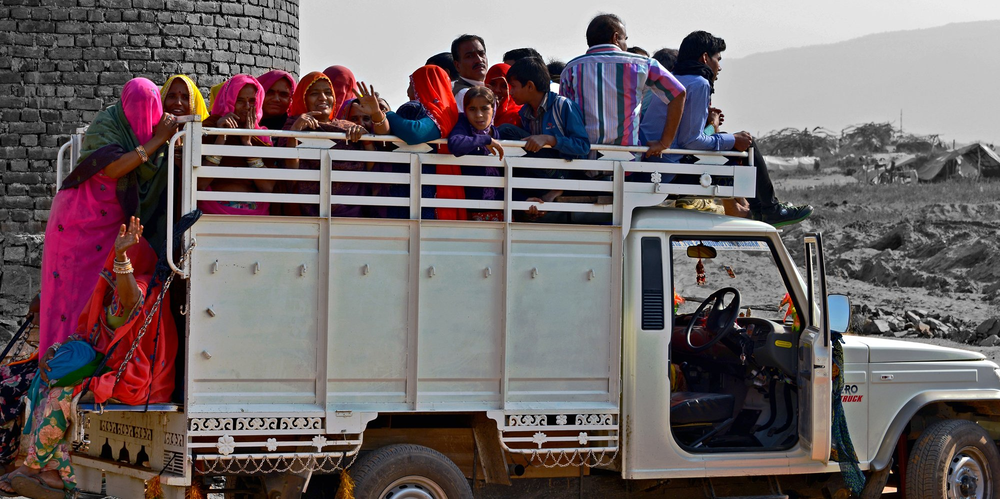 Leaving the Fair, Pushkar Fair
